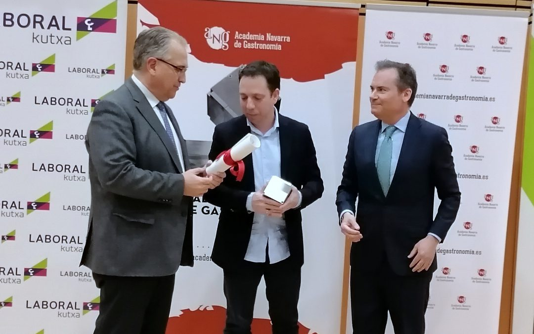 David Yárnoz recibe el Premio de la Academia Navarra de Gastronomia